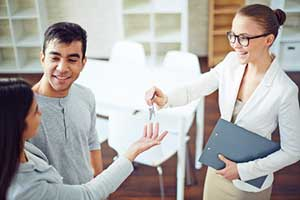 Annandale, VA mortgage brokers assisting couple with home loans