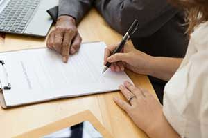 Fairfax, VA woman applying for first time home buyer loan benefits