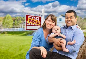 Family that just bought a home thanks to a Centreville, VA first time home buyers loan