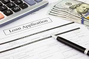 Loan application and calculator being used by Lorton, VA mortgage broker