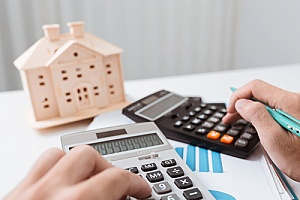 closing costs being calculated for a home loan